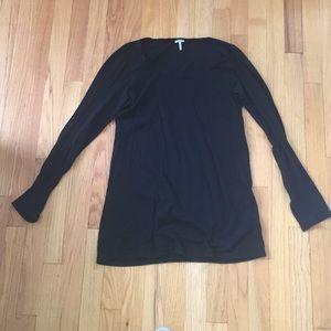 Splendid long sleeve black t-shirt